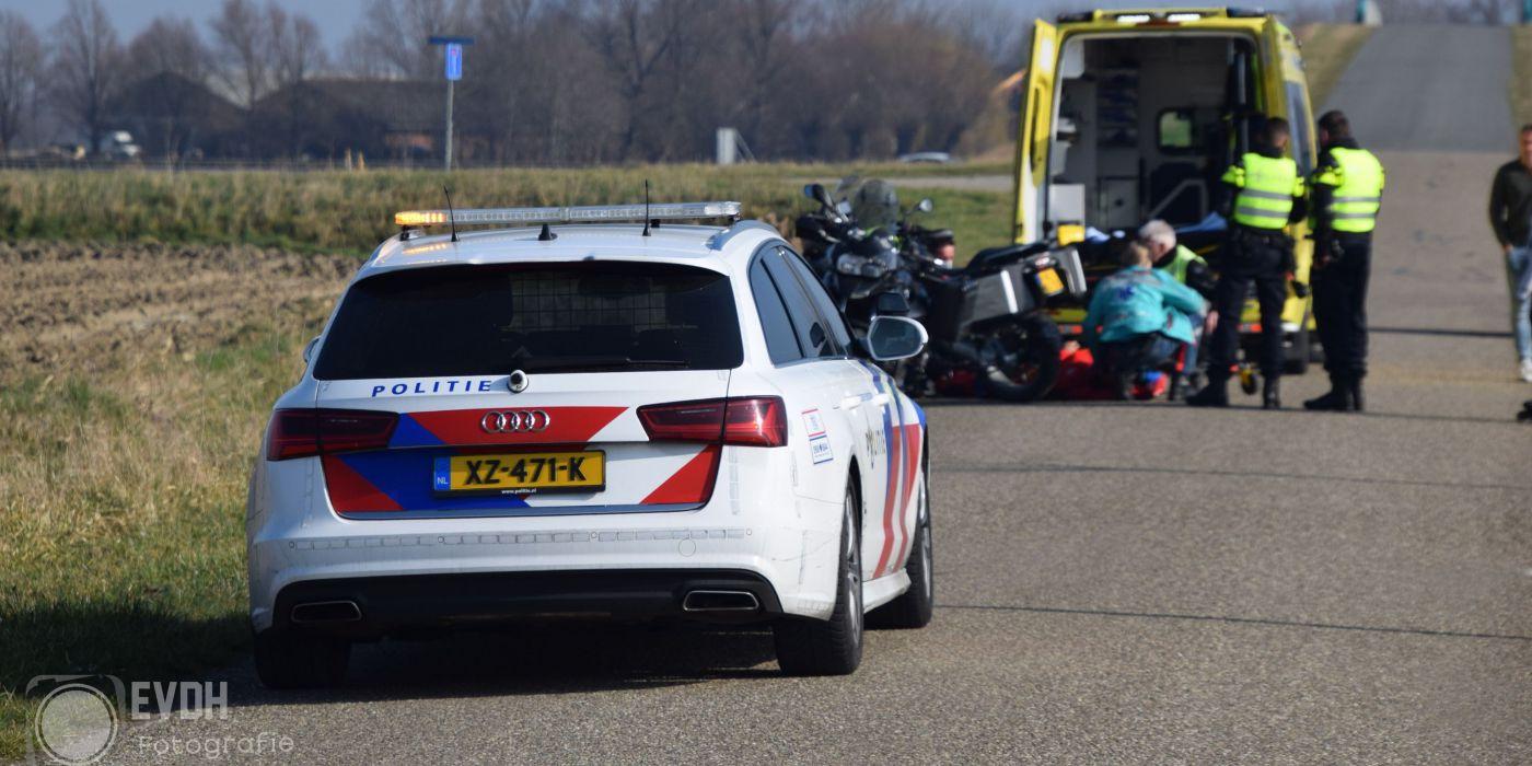 Motorrijder gewond na ongeval Spuikreekweg Sluiskil. - GO-RTV.